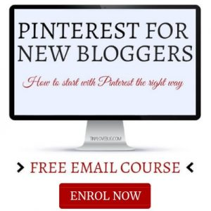 Computer with overlay text Pinterest for New Bloggers Free Email Course enrol now