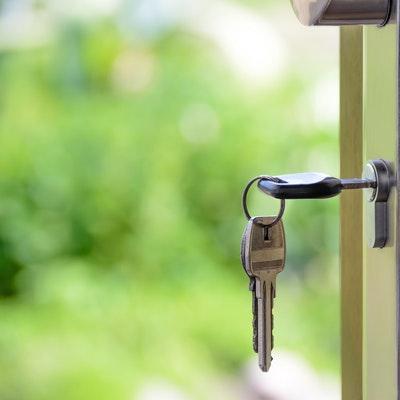 Simple Ways To Make A New House Feel Like Home FI