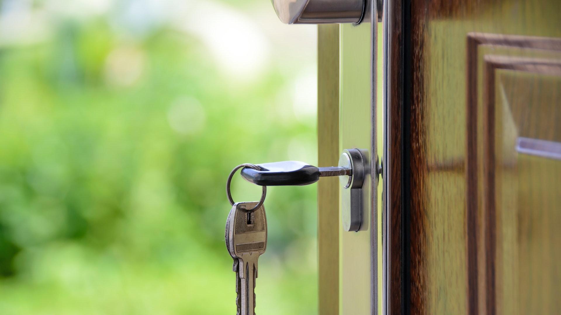 Simple Ways To Make A New House Feel Like Home